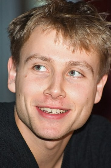 Макс Римельт (Max Riemelt) - Фотографии, биография ...: http://www.afisha.ru/people/286269/