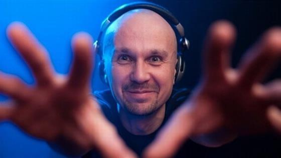 «Четверги Санчеса»: DJs Lipelis, Sergey Sanchez, Boym, VJ Maria Meshkova